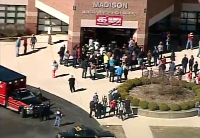 Four teen students wounded in #OhioSchoolShooting; 14-year-old suspect arrested, charged https://t.co/G7L53pZo64 https://t.co/ADZxfcpFXo