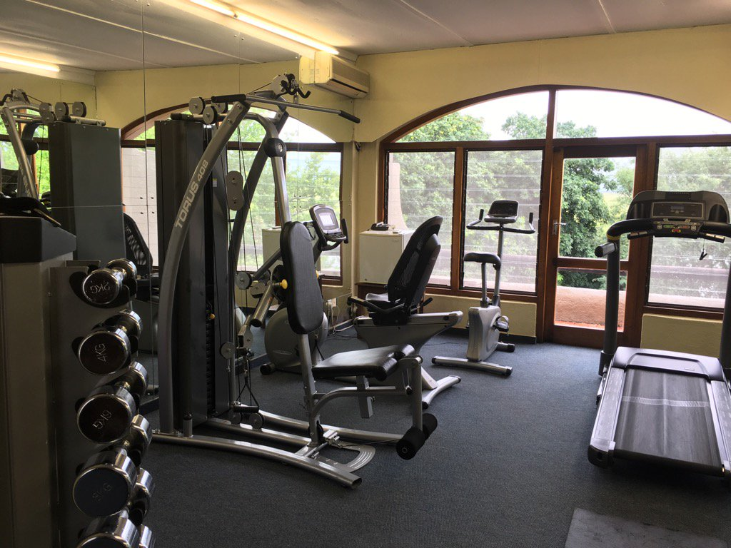 #travelandfitness feel free to use our complimentary gym with a tranquil view. #thiIsChobe #ttotpic.twitter.com/I5qd73LHoU