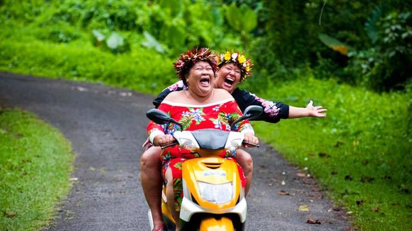 Смешные картинки бабка на мотоцикле