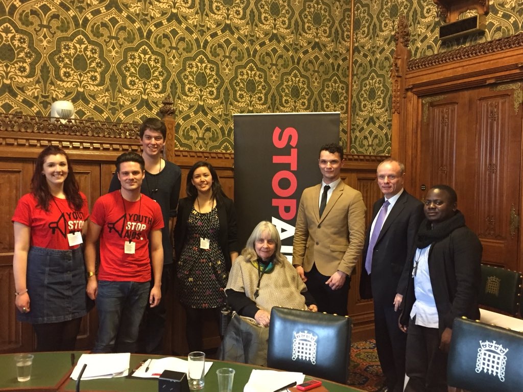 Taking @Youth_StopAIDS #SpeakerTour16 to Parliament- UK should lead in tackling #MissingMedicines https://t.co/o5LqO8HFzk
