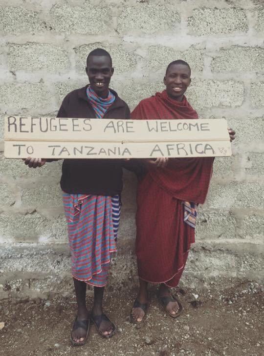 Tanzània ha acollit 30.000 refugiats (de Burundi) Espanya n'ha acollit 18 #BuscantRefugi https://t.co/skMiWM4BHc https://t.co/e8mNViBqRG