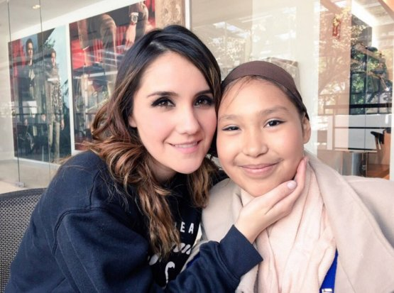 .@DulceMaria Tribute to Fallen Fan (+Video) -https://t.co/MLzDEvoa7e https://t.co/5mXICN1Loz