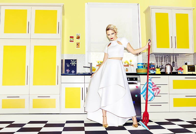 RT @MotherAndBaby: Dance around the kitchen while you clean - like @KimberlyKWyatt! https://t.co/LQfcPHKhCO https://t.co/qY14aDgF8l