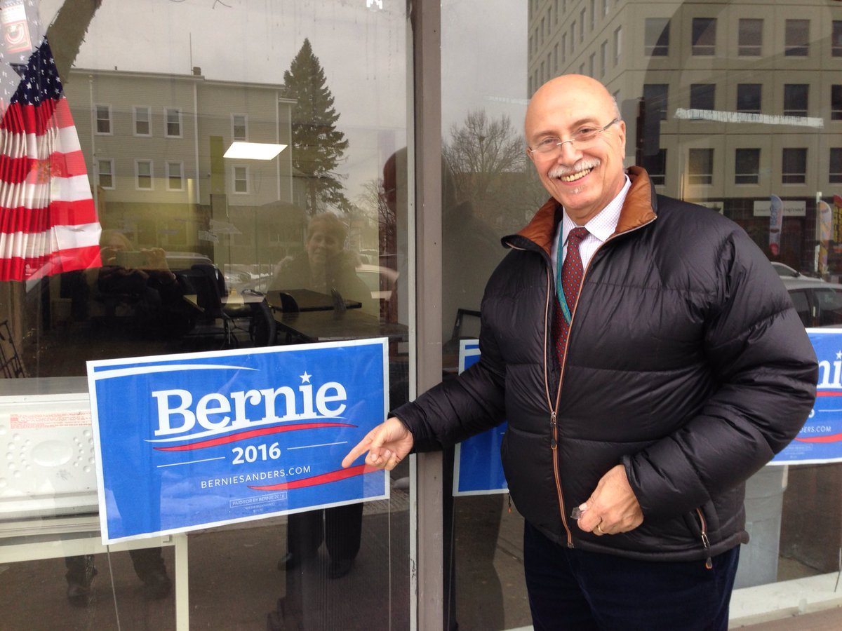 My parents know which candidate to vote for on #SuperTuesday #FeelTheBern https://t.co/jWhVZt3iWk
