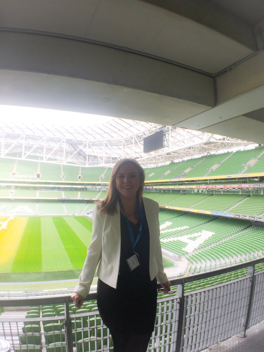 The amazing @Tweetinggoddess Brains and beauty behind @SMSummitIRL Incredible lady! #SMSummitIRL https://t.co/v7Fof1A5Kp