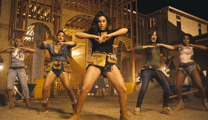 #TrackOfTheDay ► @FifthHarmony ft @tydollasign - Work from home ♪ #Playlist #One1037 https://t.co/3BpSSJBWY9