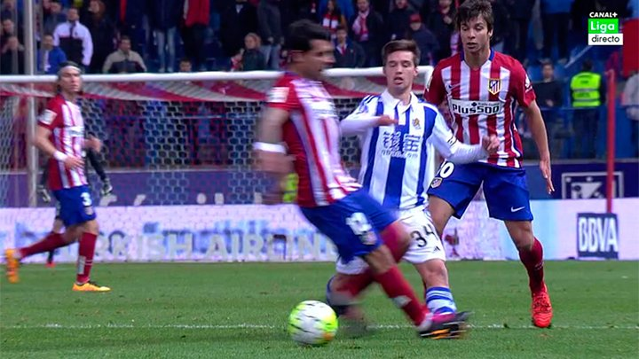 FC BARCELONA - ATLÉTICO DE MADRID  /  30-01-2016  /  16:00H (para variar) - Página 16 CcfnftRWIAAWZ7q