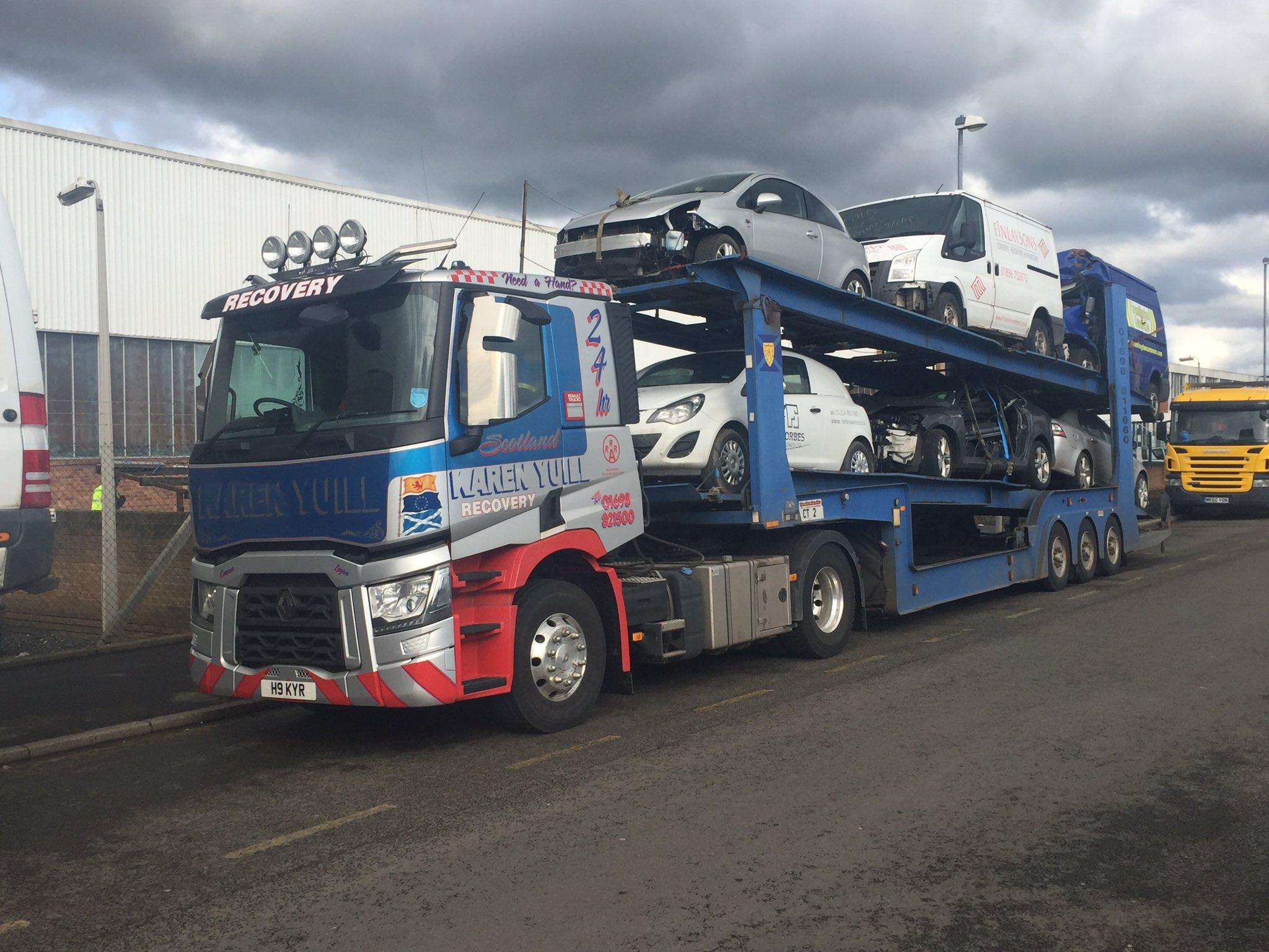 Calum renault trucks on twitter karen yuill recovery for Renault range t interieur