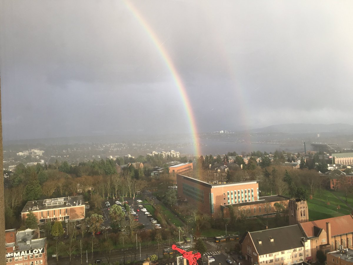 A pot of gold @UW perhaps @UWSchoolofLaw? A view from the UW Tower moments ago from the folks @UWContinuingEd https://t.co/PVEiJSgEf2