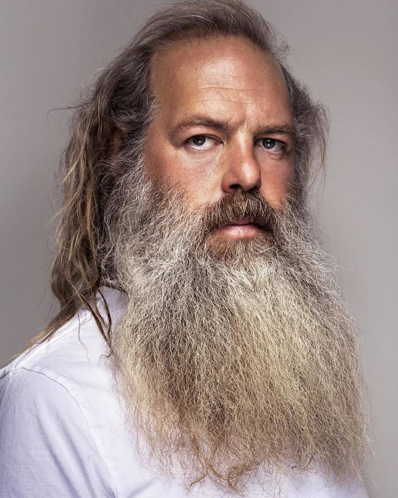 #whitepeopleinvitedtothecookout make @rickrubin a plate, please! https://t.co/tOKACYSCdQ https://t.co/L7ktH7Heze