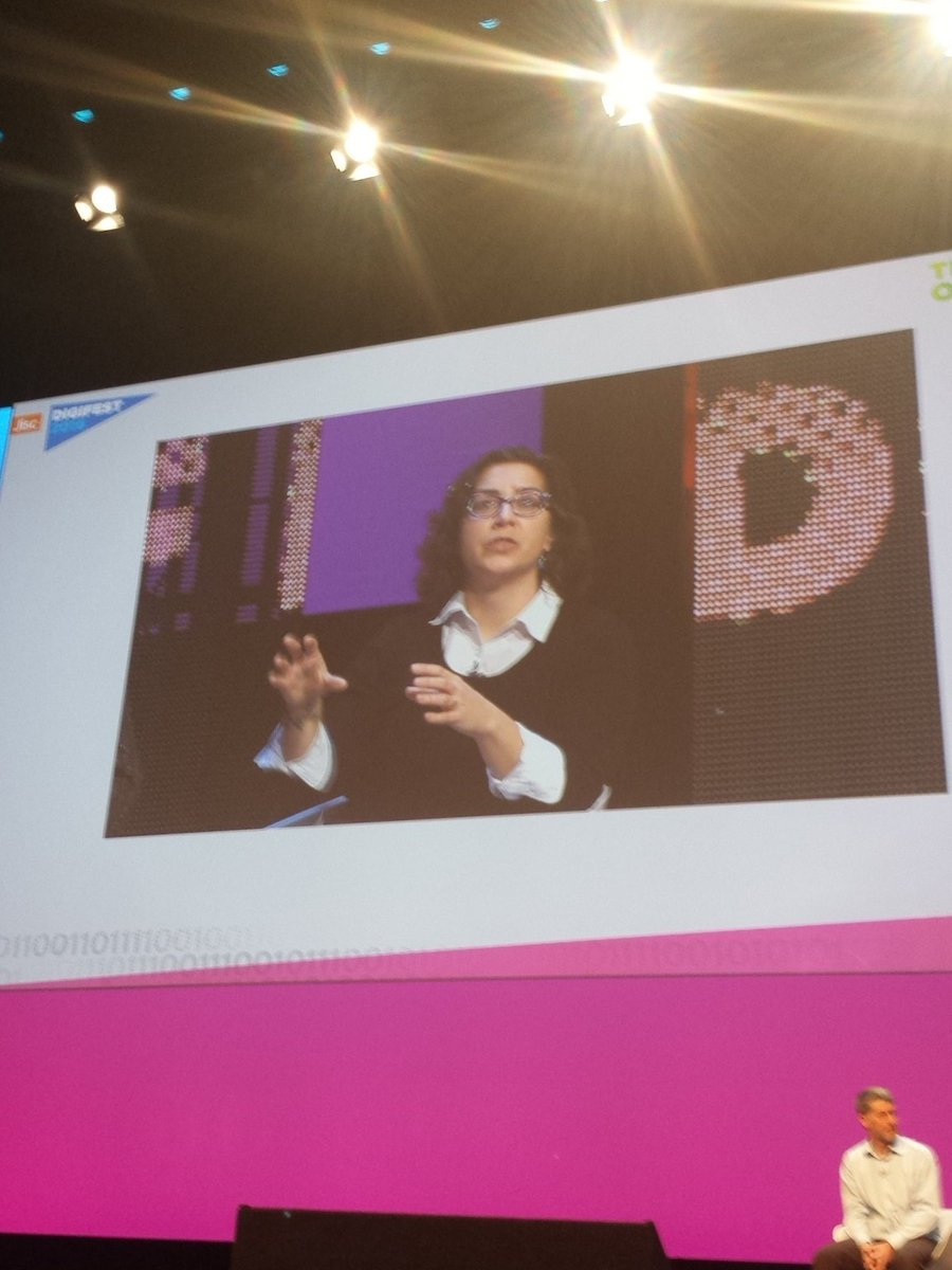 A massive @DonnaLanclos invades the #digifest16 auditorium. https://t.co/iz1I0j92Gv