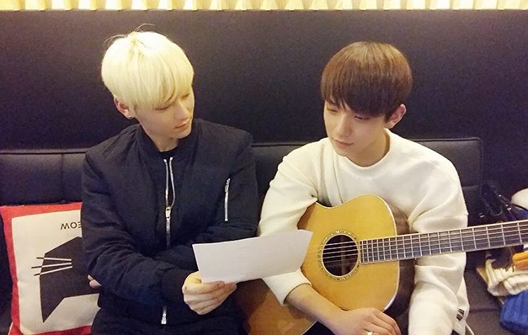 NU'EST's Minhyun Sings Acoustic Ver. Of Overcome With