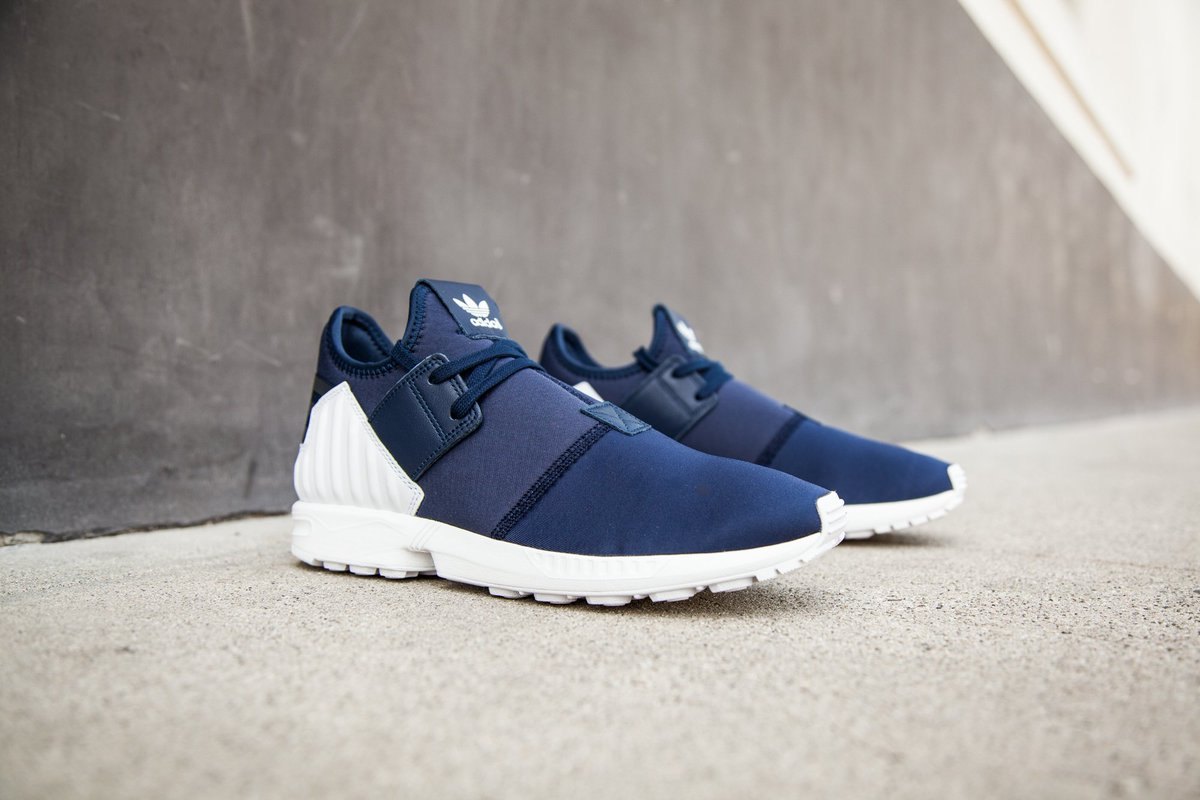fa5187d71 Adidas Men s ZX Flux Plus in collegiate navy is available in sizes 8-13 for   110 at http   bit.ly 1QmCRlg .pic.twitter.com 9FrboNN75O