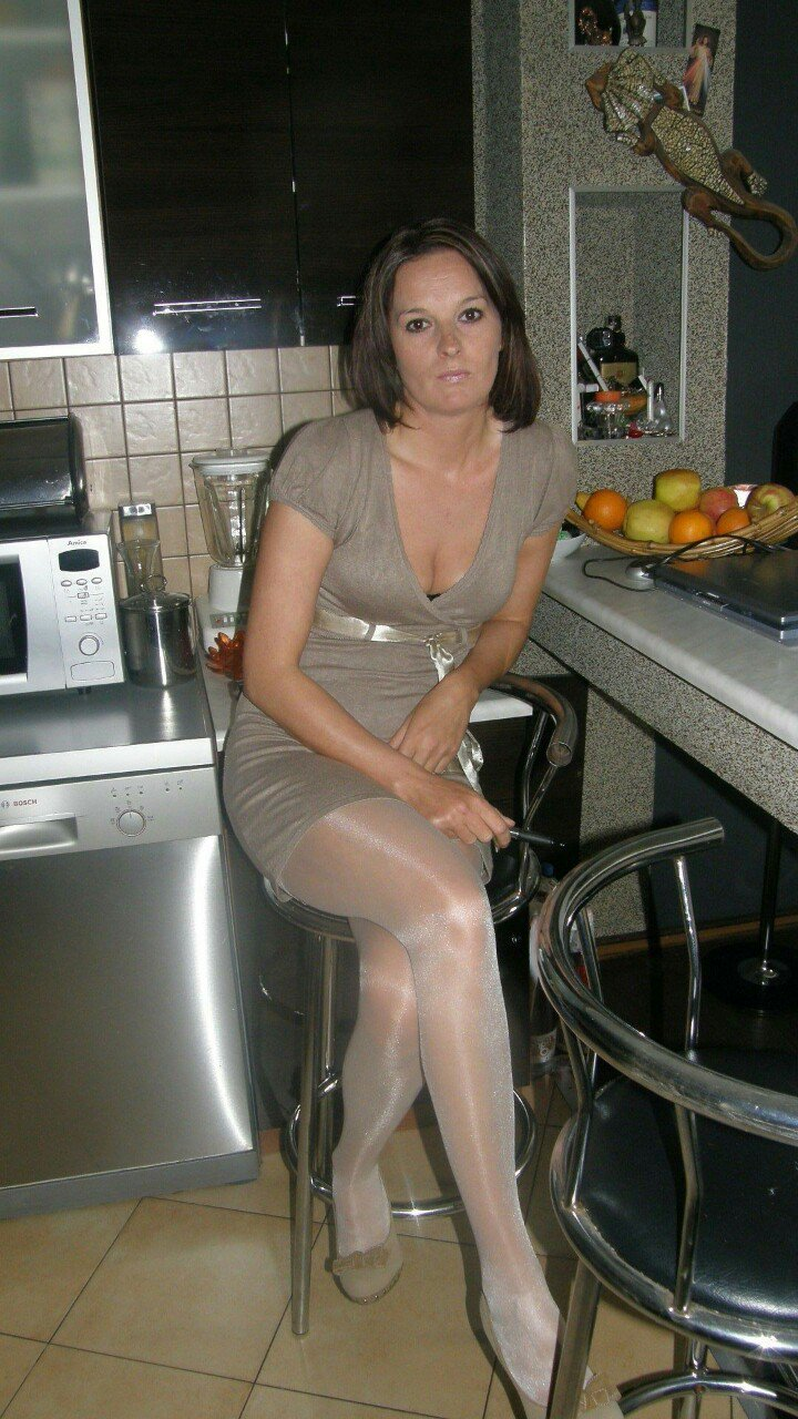 Love Candid milf tube shows you