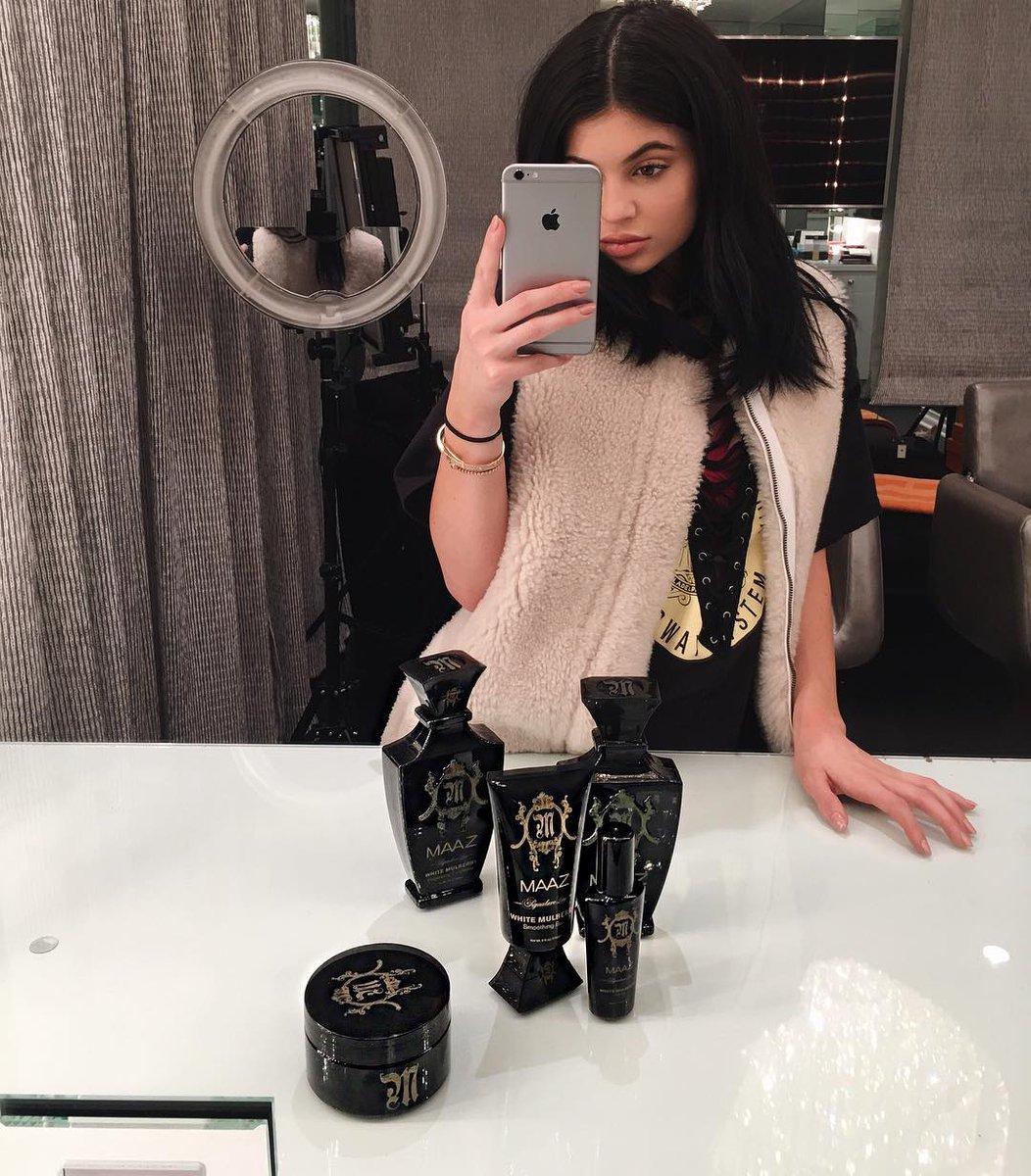Slut fucks while boyfriend away slutload