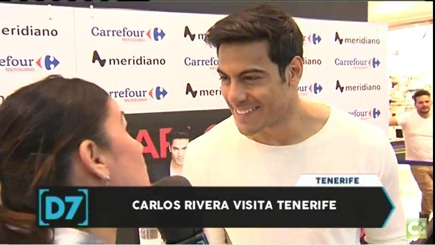 Carlos Rivera firmó discos ayer en Tenerife. Así lo contamos en 'Directo a las 7'.  https://t.co/MEnYVnB45W https://t.co/nOLBHrgz6G