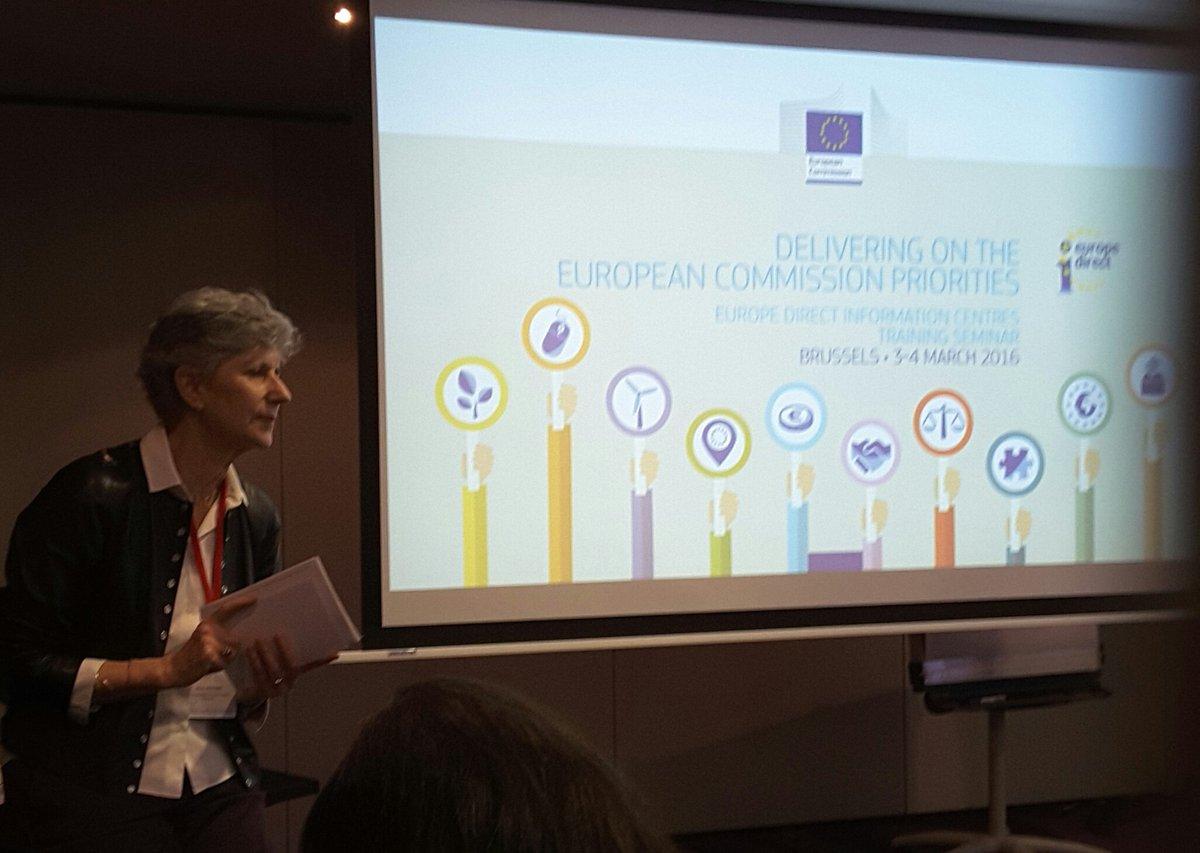 Seminario Formación  #EDIC 's- Taller Unión  Energía  y clima Anne Houtman - Coordinación  políticas  energéticas. https://t.co/o3sqgttIxQ