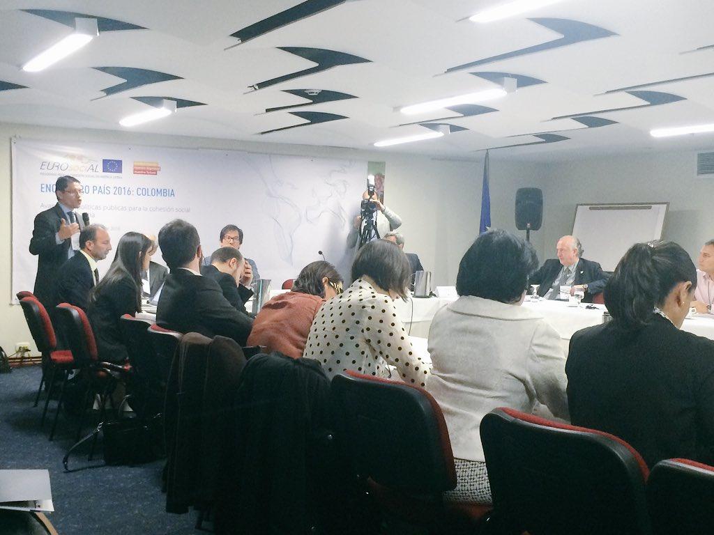 @APCColombia presenta los resultados del programa @EUROsociALII en Colombia #Eurosocial2016 https://t.co/NGJLDrURXA