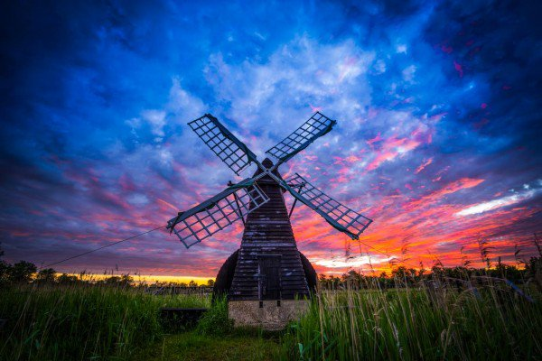 30 reasons the Fens are so boring and bleak: https://t.co/MXFUSAuHB7 Beautiful pics, @SharpeImages_UK https://t.co/LdbtTwUWBD