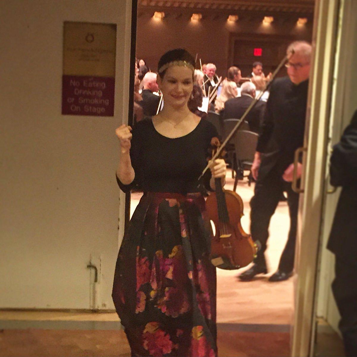 When you just nailed Sibelius's Violin Concerto at Carnegie Hall. #CHLive #nailedit https://t.co/TbziLK7HI3
