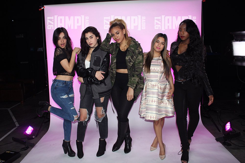 .@itsthatmichelle has more chances to meet @FifthHarmony during the #AMPMusicMinute at 4 & 8pm. Keep listening! https://t.co/RRz2tjvl6A