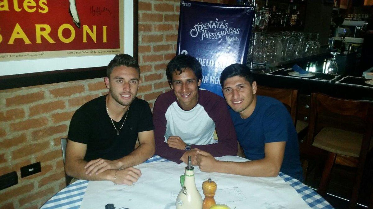 Henry a Venezuela y Renato a la B