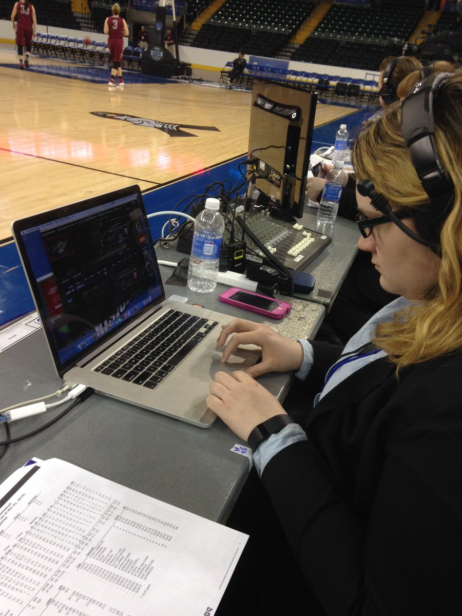 .@McKendreeU sophomore Abigail Schlueter running the show on @BlueFrameTech Production Truck on #GLVCSN #ExtraCredit https://t.co/kAsCsFic8p