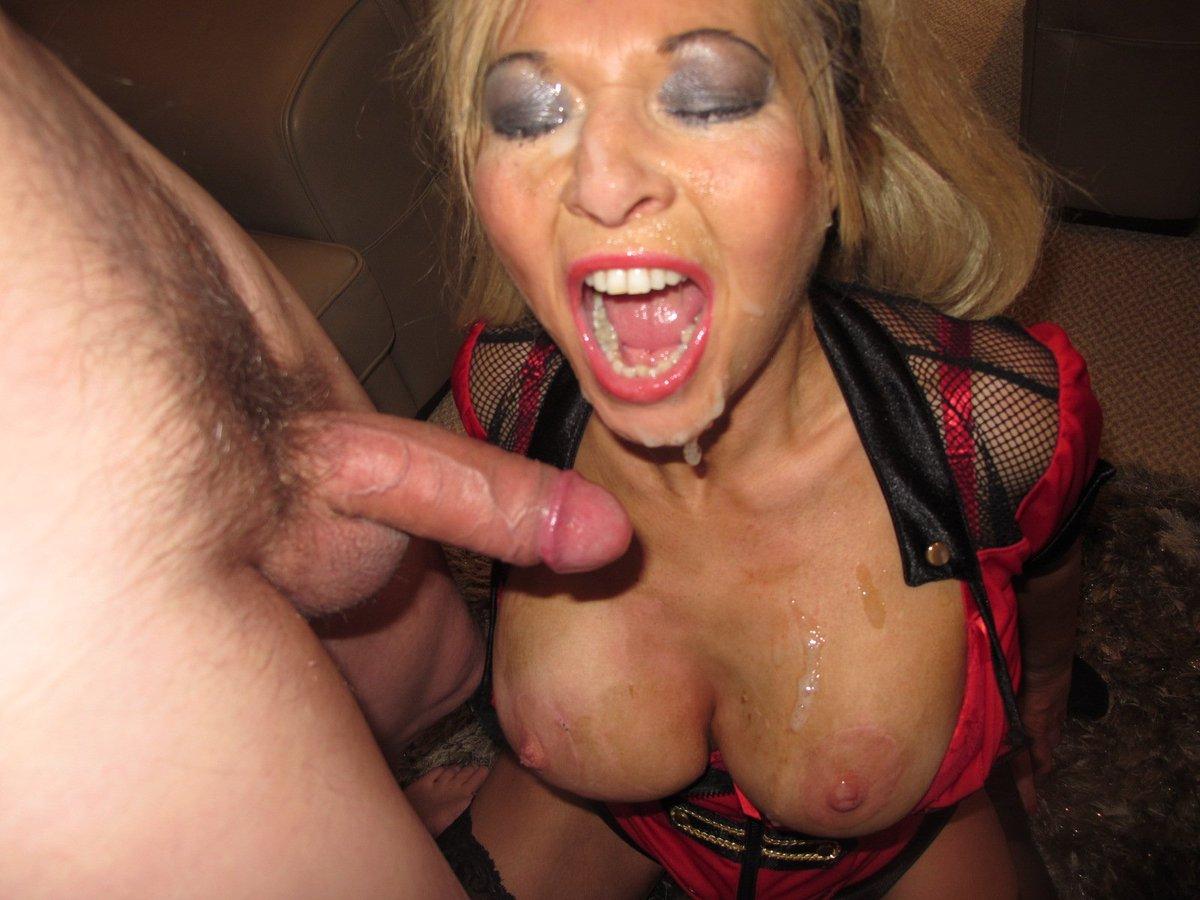 Blonde slut gets facial cummed in bus