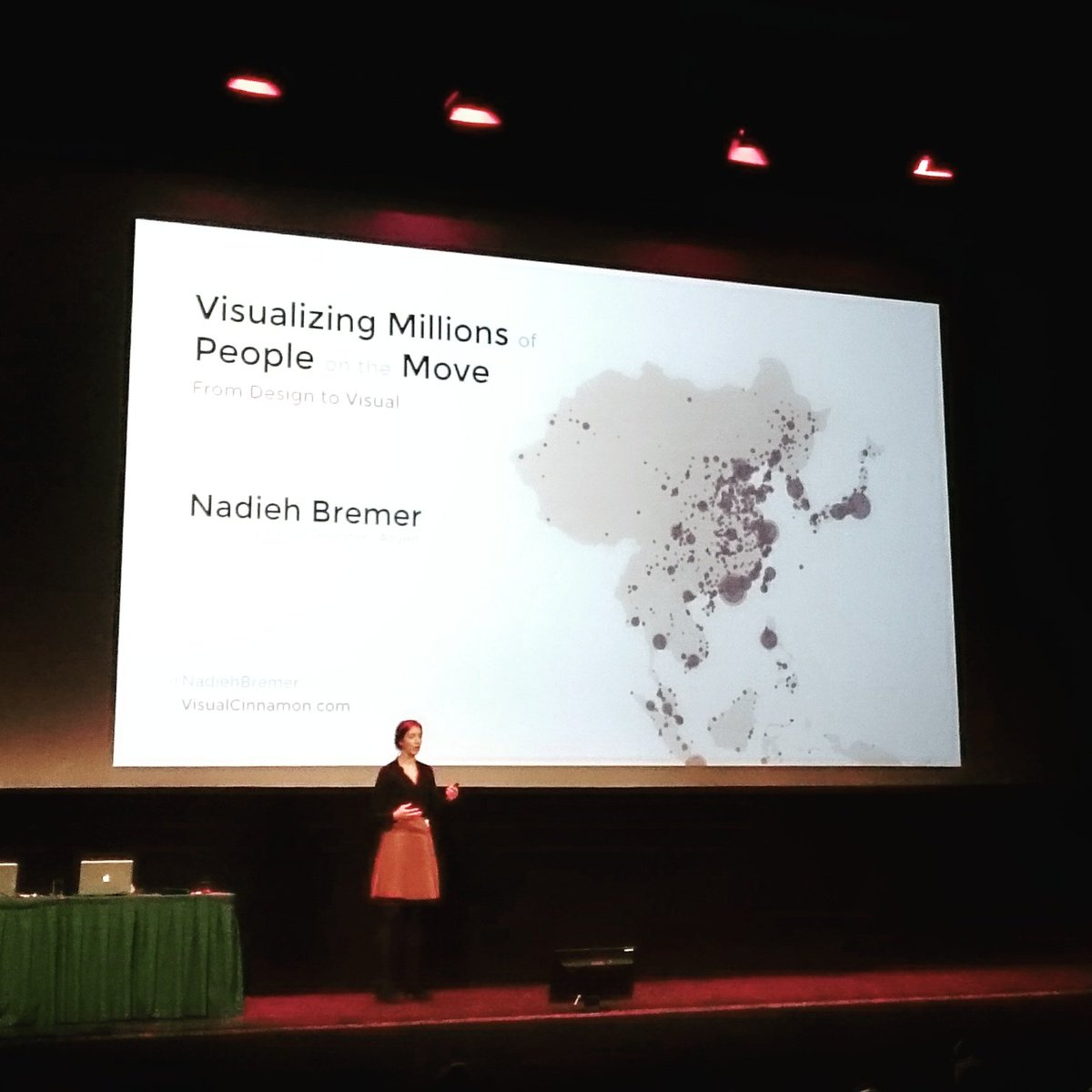 Nadieh Bremer talking about dataviz at #ic2016nl. #engage #inspire #convince https://t.co/p96EfSG92p