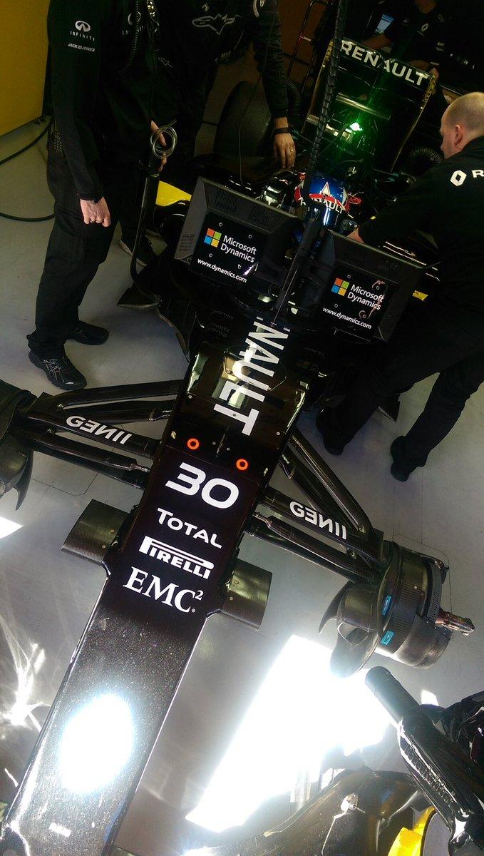 El equipo Renault ...
