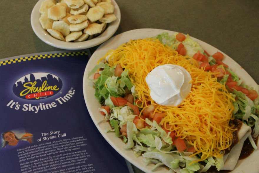 Skyline Chili On Twitter Friday S Call For A Vegetarian Black Bean Deluxe Burrito It Sskylinetime Https T Co Hnf6s732or