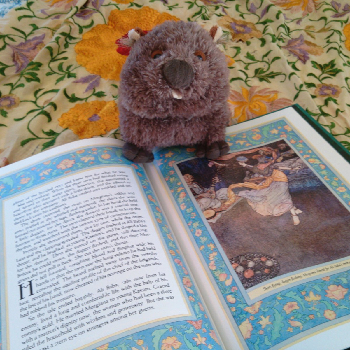 Lady MacWombat helps me seek #costumedesign inspiration for @GreenManTheatre's Arabian Nights. #wombatfriday https://t.co/5GPpUt0tht
