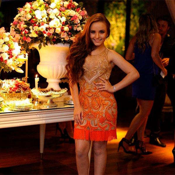 12cfd64f2defc1 [INFO] Larissa Manoela mostra look usado em festa de 18 anos da amiga.