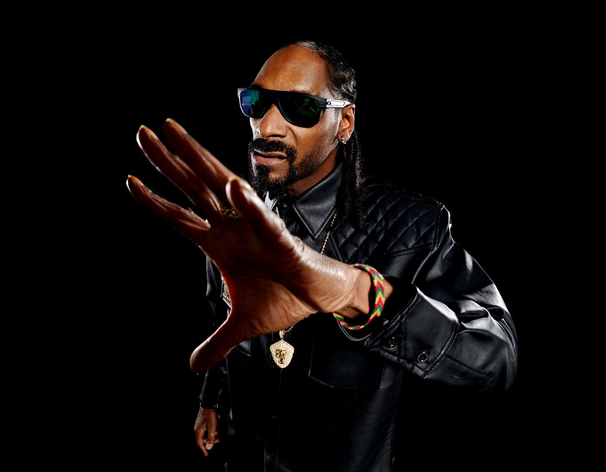 JUST IN: Snoop Dogg will perform at the 2016 Azalea Festival Friday, April 8. https://t.co/p67srK6CTG