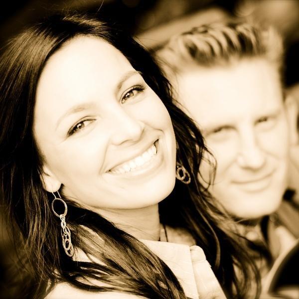 Our prayers and condolences to the family of Joey Feek. Rest In Peace #restinpeace #JoeyFeek https://t.co/jvJdjTcZEp