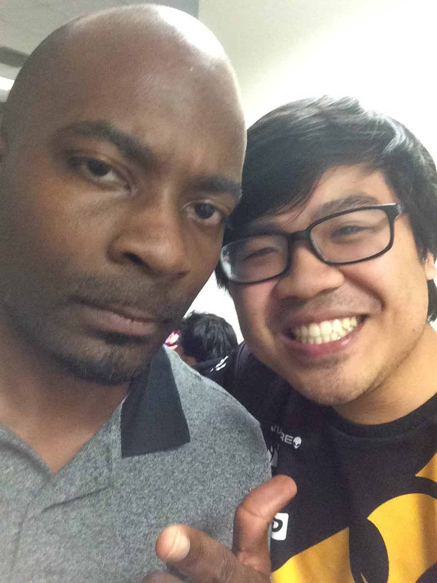 Alan Nguyen On Twitter Holy Shit Snoopdogg Came To Our Meet And