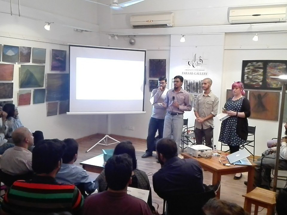 Team Ejaadtech pitching their idea to revolutionise science class.   #hackkarachi #codeacross https://t.co/9lwT2aWb7C