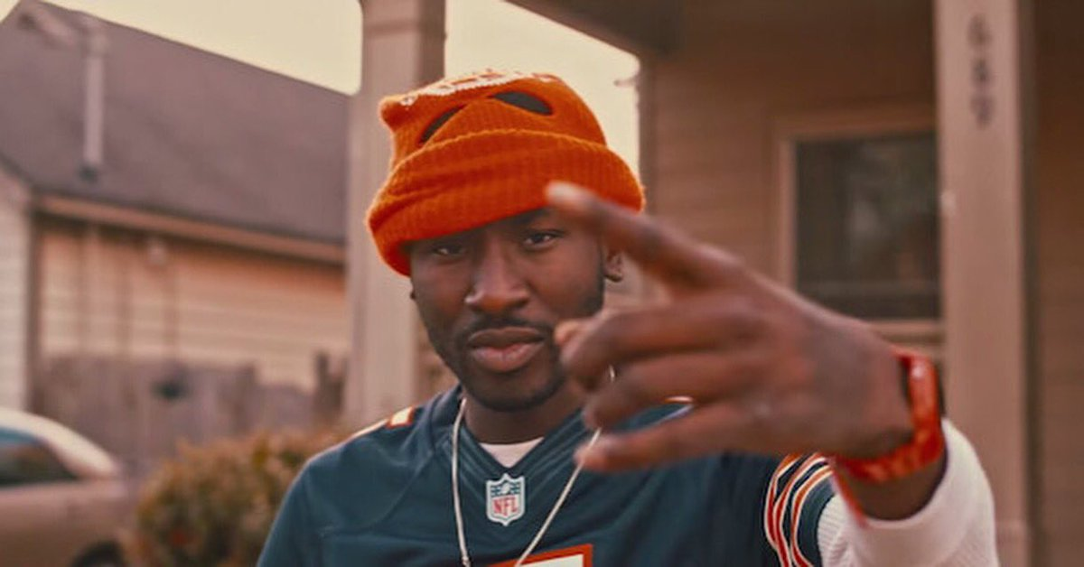 It's crazy how u can be here one Sec and everything is ok and the next sec it's all over.. Smh #RIP #BankRollFresh https://t.co/cXpJ5O6BEU