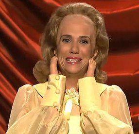I really hope Kristen Wiig returns to SNL to do her Donald Trump again soon. https://t.co/E7BKkHt0hc