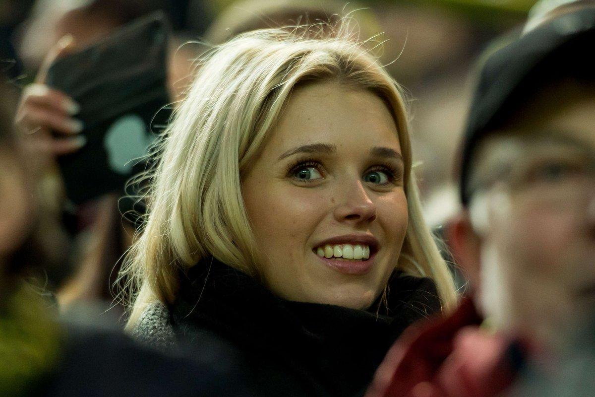 ... Scarlett #Gartmann. #BVBFCB (Foto: https://t.co/jD0CrpQcI8) https://t Scarlett Gartmann
