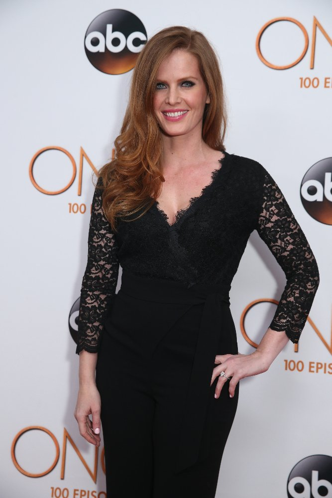 #OnceUponATime: Check out our wicked interview with @bexmader on the #OUAT100 Red Carpet! https://t.co/0TaACm8XdN https://t.co/sIhToeSMwT