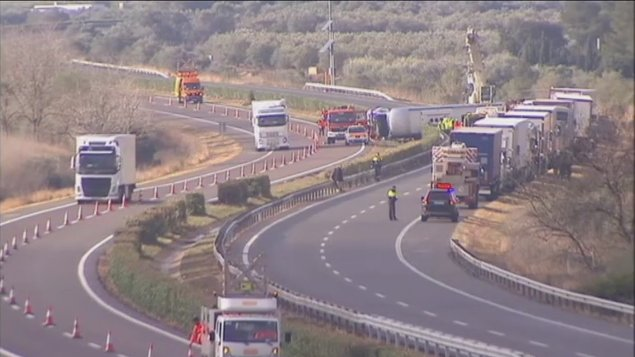 Frontale Bus in Spagna: 13 studentesse Erasmus morte, 7 erano italiane