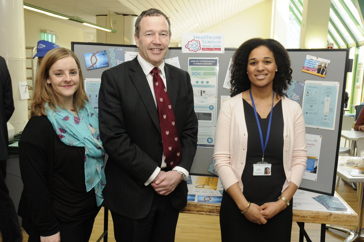 Our Healthcare Scientists met MD Adrian Harris to raise awareness of #Genomes100K for #hcsweek @GenomicsEngland https://t.co/wPYYD5XL26