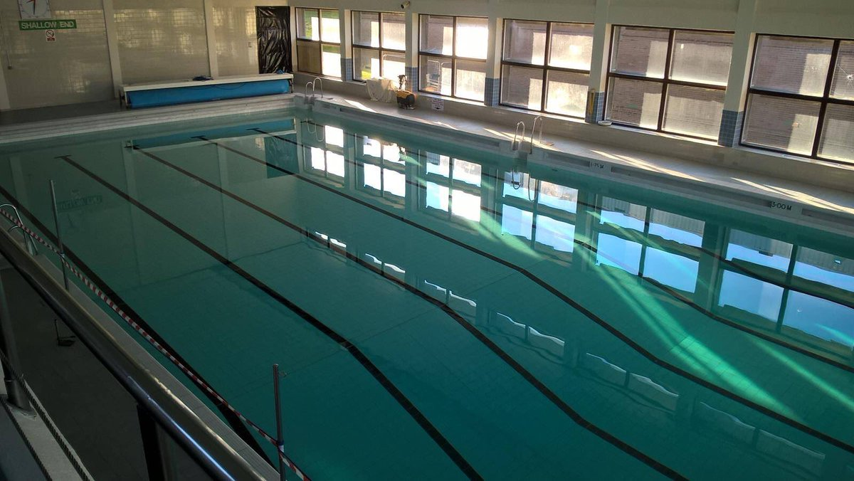 Stocksbridge Clc On Twitter 25 Metre 6 Lane Swimming Pool With A 3 Metre Deep End In North