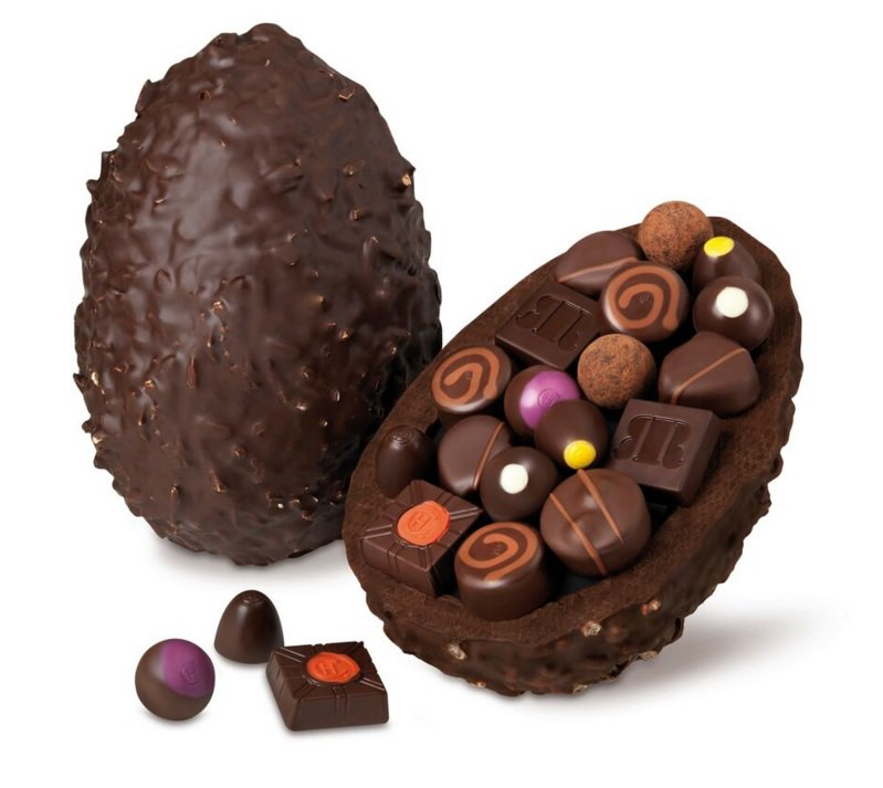 Happy #FreebieFriday! We're giving away a delicious @HotelChocolat #Easter egg, worth £75. Follow us & RT to enter!
