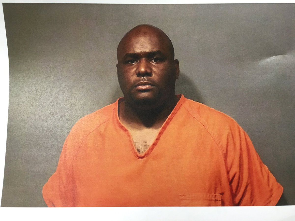 #BREAKING Slidell High girls' basketball coach Raymond Winzy arrested for molestation and child porn. More at noon https://t.co/Iez0nVPOhe