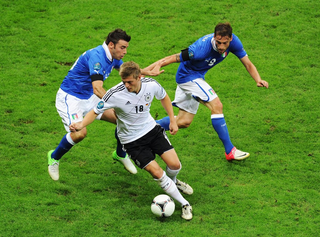 Streaming Calcio Rojadirecta: da Germania-Italia a Inghilterra-Olanda, dove vedere Diretta TV partite oggi