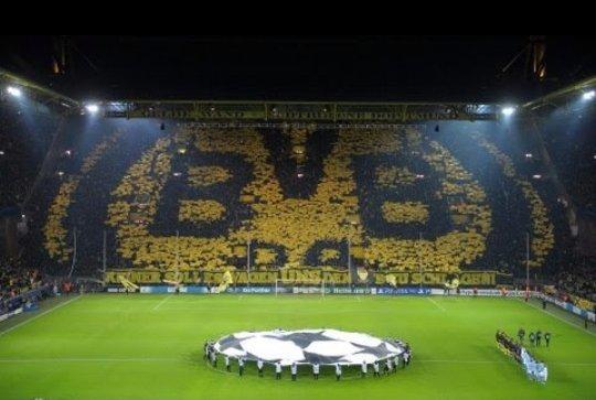 Borussia Dortmund vs Liverpool #SorteoEuropaLeague <br>http://pic.twitter.com/dTRDULwlEC