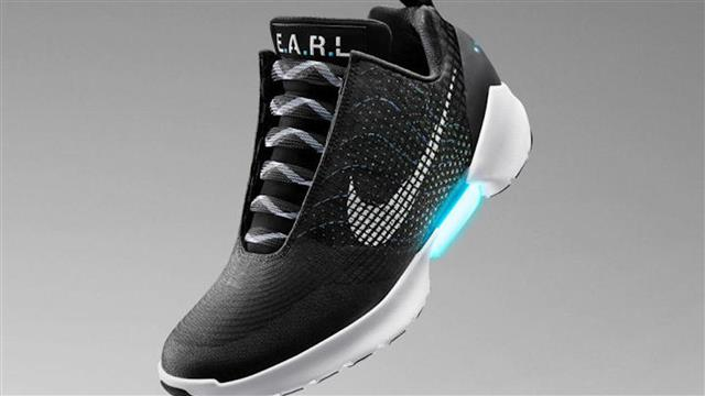 The sneaker arms race has come to this: Nike has self-lacing shoes.