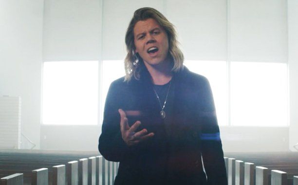 Exclusive: @ConradOfficial's heartbreaking new video for 'Remind Me' is here: bit.ly/1pQhYq4